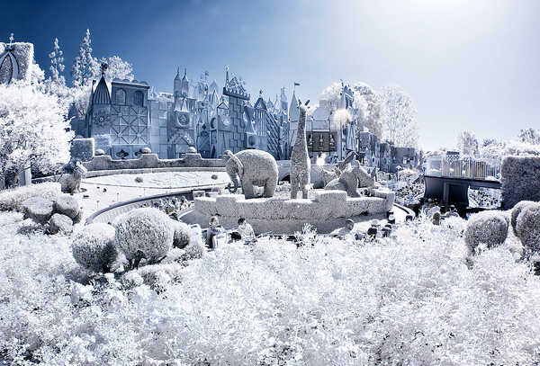 its a small world infrared 45 Impressive Examples of Infrared Photography