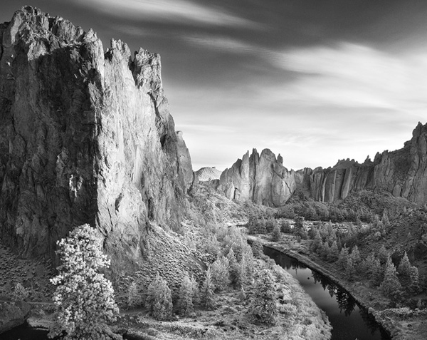 smith rock sunrise infrared 45 Impressive Examples of Infrared Photography