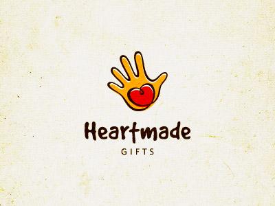 241 45 Cuore e Amore Logo Design