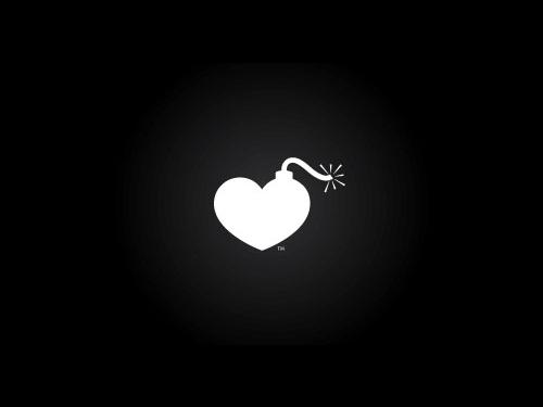 heartbomb1 45 Cuore e Amore Logo Design