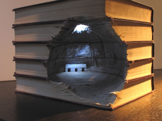 16 book people 3s1 Mind Blowing Book Sculptures by Guy Laramee