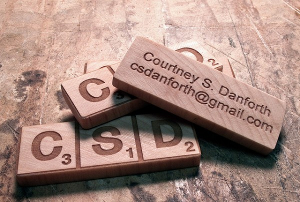 41 600x4041 25 Unconventional Wooden Business Cards
