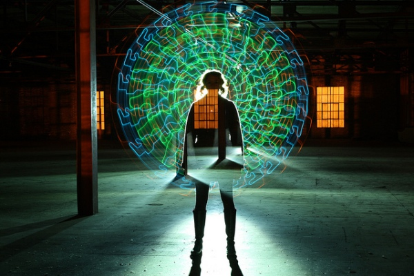 6533239163 917b6ee08d z1 20 Mind Melting Examples of Light Painting