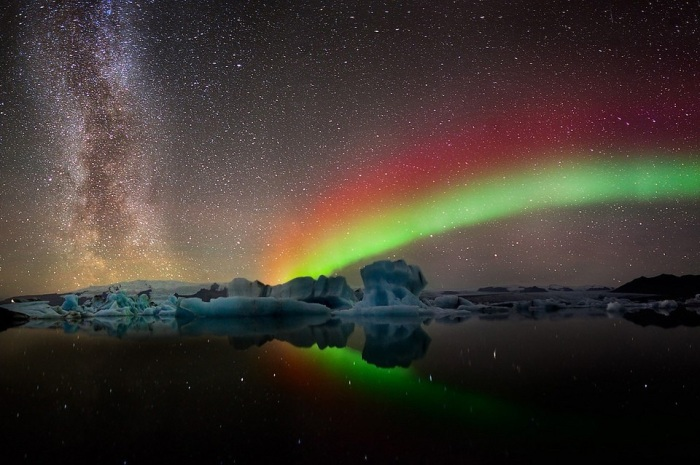 colors of aurora borealis1 Jaw Dropping Photography from Around the World