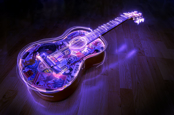 electric guitar1 20 Mind Melting Examples of Light Painting