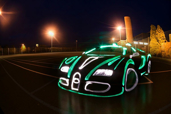 light graffiti car1 20 Mind Melting Examples of Light Painting