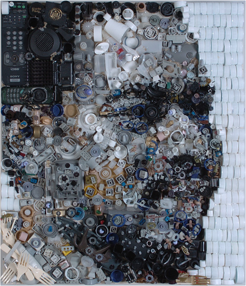 bryan 0004 5001 Zac Freeman Transforms Junk into Artwork