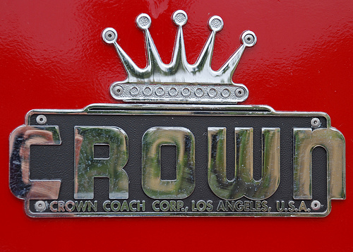 tumblr lw01sgwety1qzmdqso1 5001 50 Classic Automobile Typography Designs
