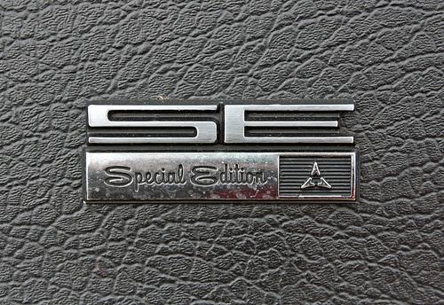 tumblr lwapcivnkx1qzmdqso1 5001 50 Classic Automobile Typography Designs