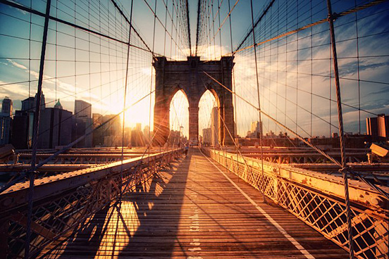 brooklyn bridge sunset l1 45 Visionary Examples of Creative Photography #8