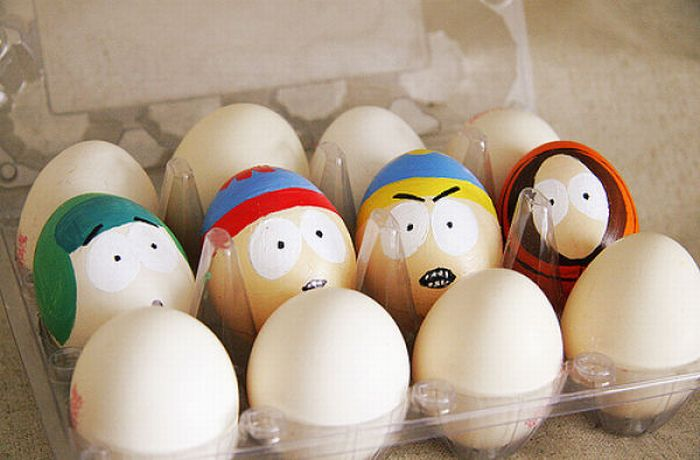 funny chicjen egg pics 191 30 Examples of Funny and Creative Egg Photography