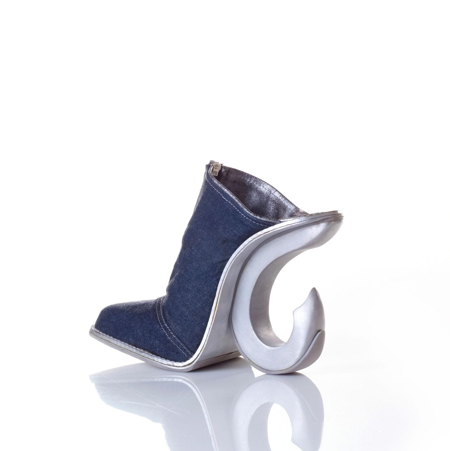 aluminumb31 Artistic Footwear Designs by Kobi Levi