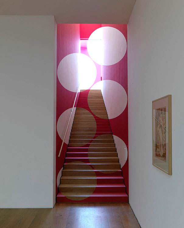 anamorphic illusions by felice varini 5 Breathtaking Anamorphic Illusions by Felice Varini