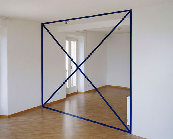 anamorphic illusions by felice varini 7 Breathtaking Anamorphic Illusions by Felice Varini