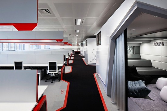 google london office12 550x3661 15 Incredible Office Workspace Designs