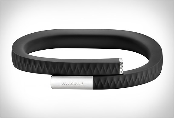 jawbone up 31 5 Must Have Gadgets and Accessories for Your iPhone