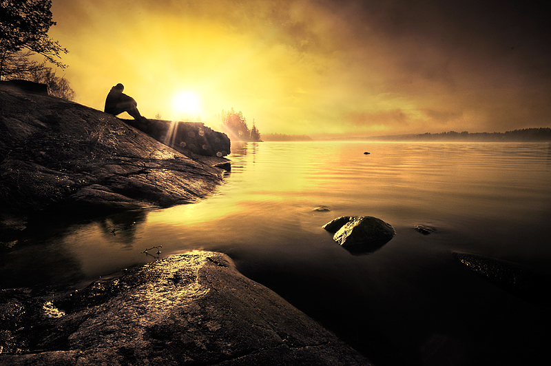 riselikethesun1 Emotional Photography by Mikko Lagerstedt