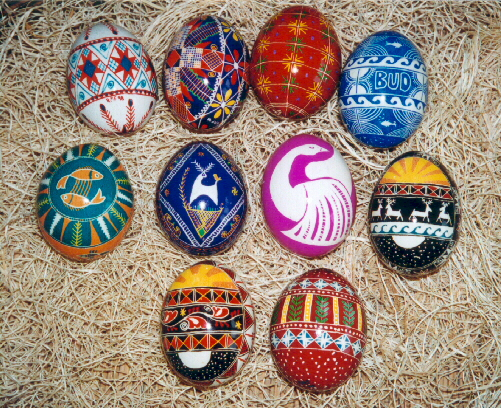 42433204 7943ba33b2 o1 30 Creative Examples of Easter Egg Designs