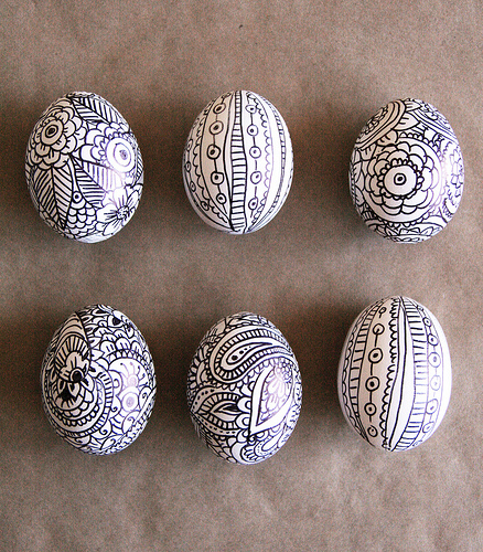 5591213910 832e65e1361 30 Creative Examples of Easter Egg Designs