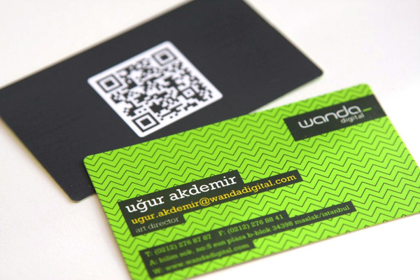 9749812597523001 25 Impressive Examples of QR Code Business Cards