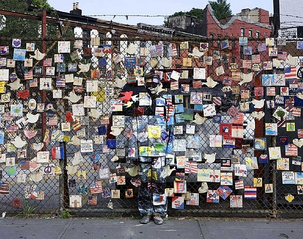 artwork images 425114751 728441  liubolin1 30 Pictures of Invisible Man by Liu Bolin