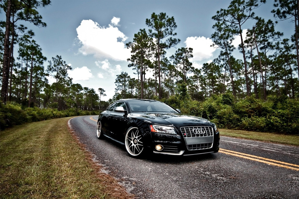 audi s5 on the road1 25 Outstanding Examples of Machine Photography