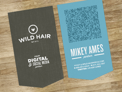 card1 25 Impressive Examples of QR Code Business Cards