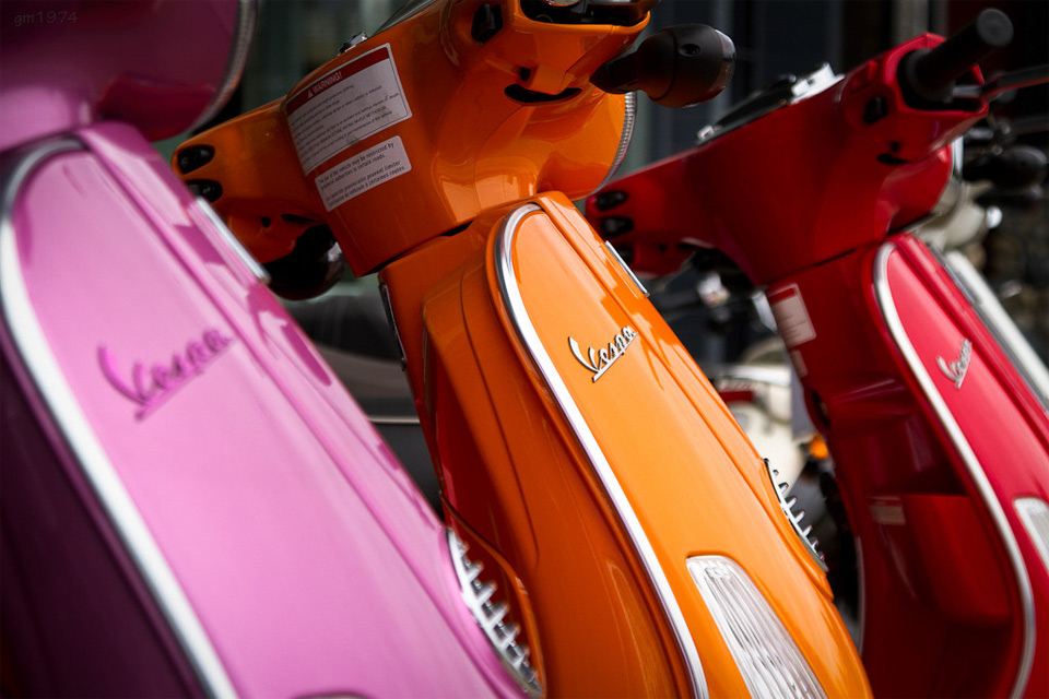 colors of vespa1 25 Outstanding Examples of Machine Photography