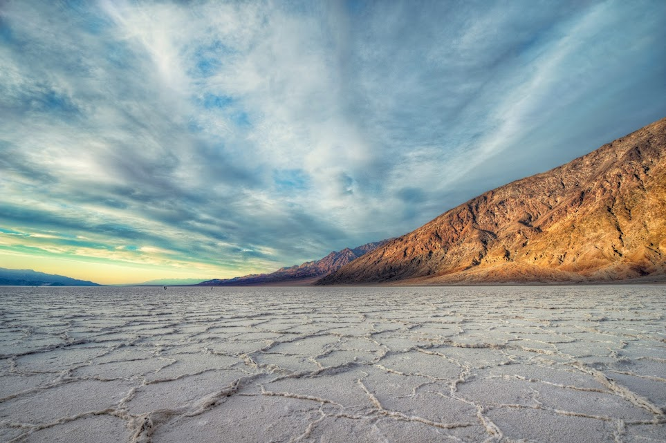 deathvalleysunlitmountain1 Stunning Worldwide Photography by Our Friend From Myspace