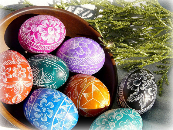 30 Creative Examples Of Easter Egg Designs Inspirationfeed