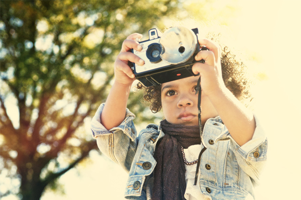kid photographer 8 Digital Photography Tips to Tell Your Children