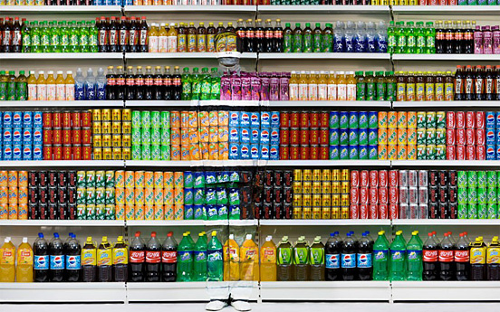 liu bolin 002 30 Pictures of Invisible Man by Liu Bolin