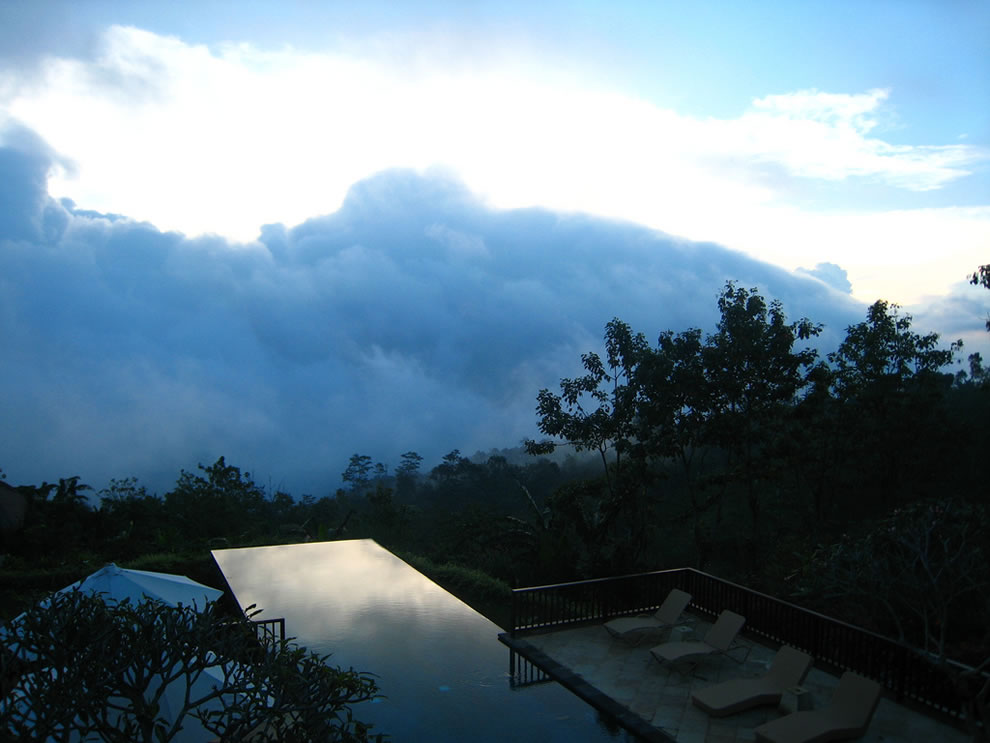271 30 Jaw Dropping Infinity Pools from Around the World