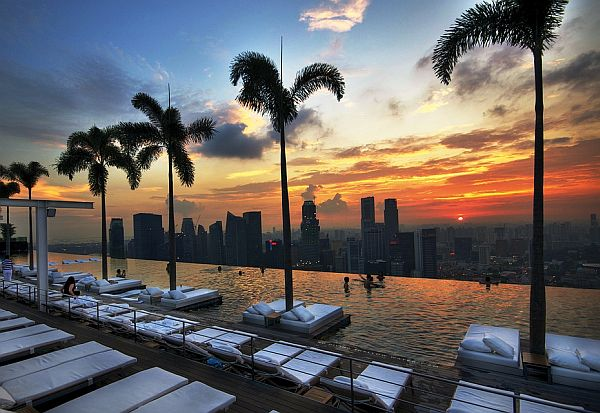 299910727 c04243746f8c1 30 Jaw Dropping Infinity Pools from Around the World