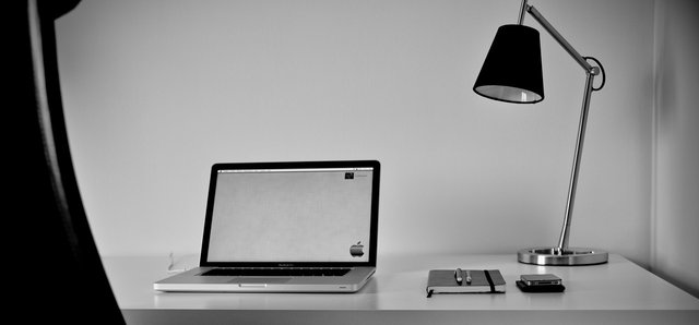 7f51e3f84521533696d74a582cb103ad jpg 640x640 q851 30 Inspiring Workspace Examples & Design Tips