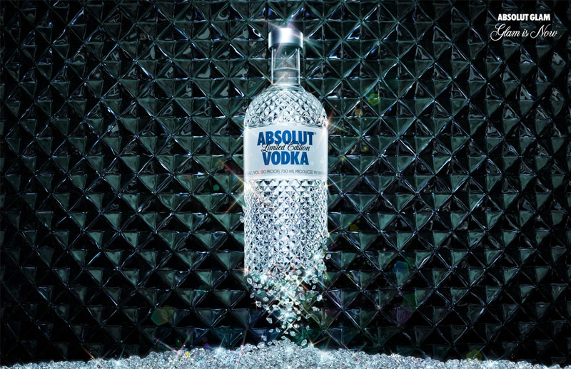 absolut vodka absolut glam1 A World Icon: Absolut Vodka Advertisements and Designs