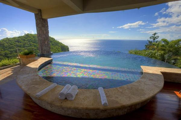 breathtaking infinity pool of jade mountain resort st lucia11 30 Jaw Dropping Infinity Pools from Around the World