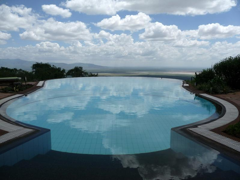lake manyara serena lodge tanzania infinity pool1 30 Jaw Dropping Infinity Pools from Around the World