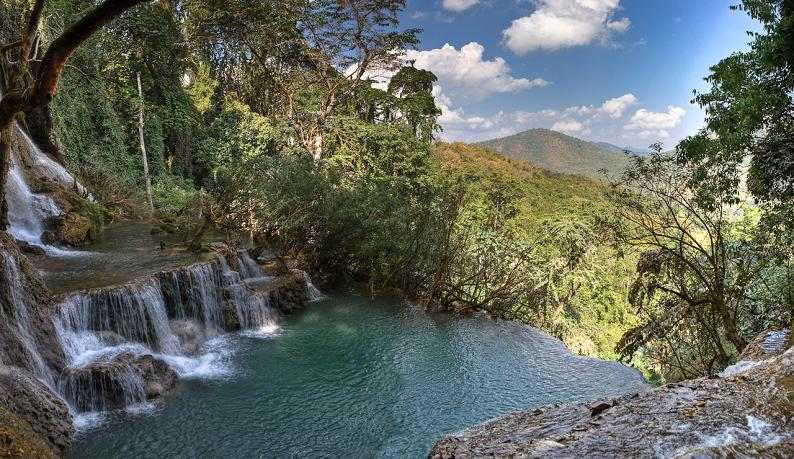 natural infinity pool tat kuang si waterfall luang prabang in laos1 30 Jaw Dropping Infinity Pools from Around the World