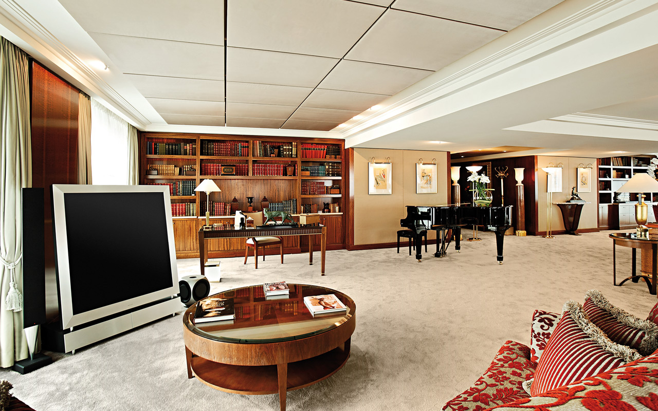 royal penthouse suite president wilson hotel genewa swiss1 Optimized for Opulence: 7 Incredible Hotel Designs