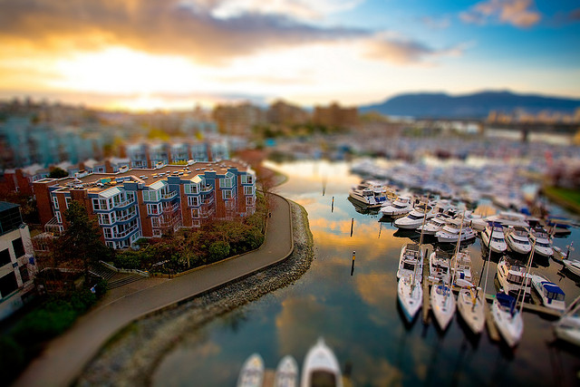 2683012846 27612a30c0 z1 40 Wonderful Examples of Tilt Shift Photography