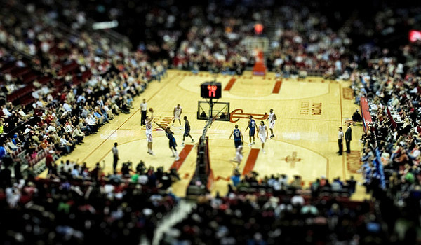 basketball game 40 Wonderful Examples of Tilt Shift Photography