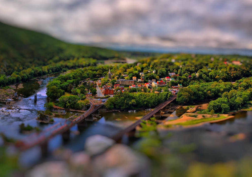 harpers ferry tilt shift 1 v2 by charleswb d3095j21 40 Wonderful Examples of Tilt Shift Photography