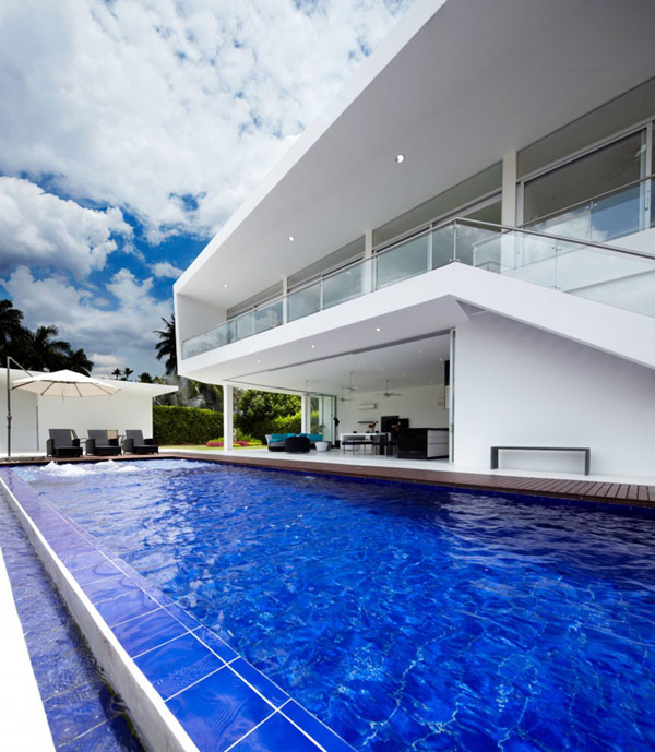 house gm1 03 800x919 GM1: Minimalist House Residence in Colombia