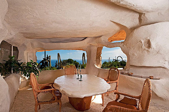 the flintstones house 04 The $3.5 Million Flintstones Home in Malibu