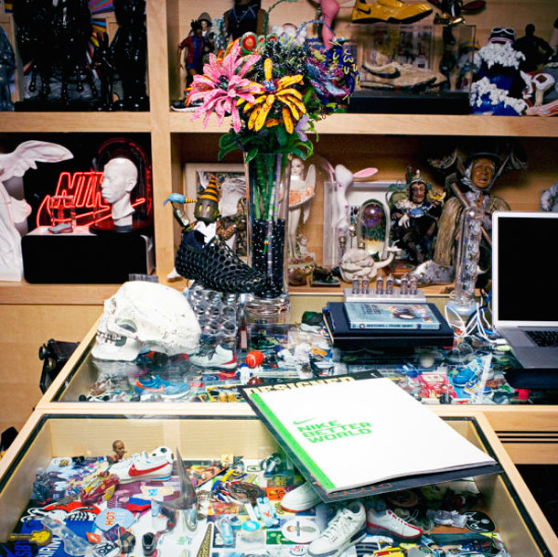 the unreal office of nike ceo mark parker 35 The Phenomenal Office Of The Worlds Most Creative CEO
