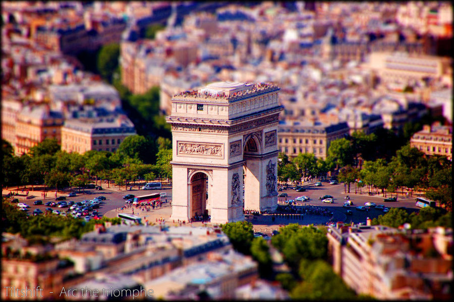 tiltshift arc the triomphe by relderson1 40 Wonderful Examples of Tilt Shift Photography