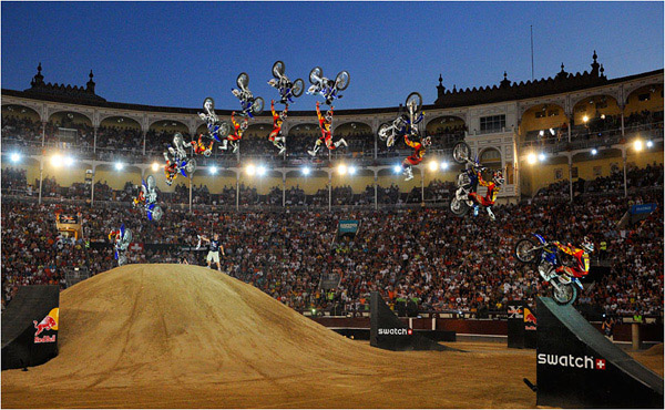 xfighters madrid1 30 Cool Examples of Sequence Photography