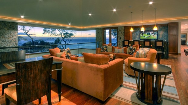 hawaiian lounge bar games 620x348 Jewel Of Kahana Oceanfront House, Maui