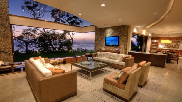 hawaiian sitting room 620x348 Jewel Of Kahana Oceanfront House, Maui